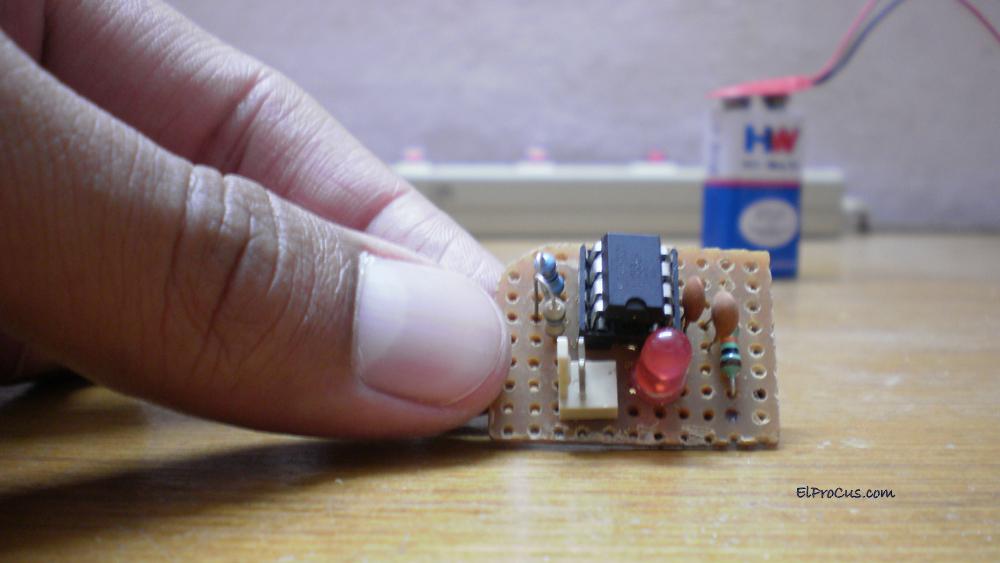 555 IC Timer Tester - Hardware