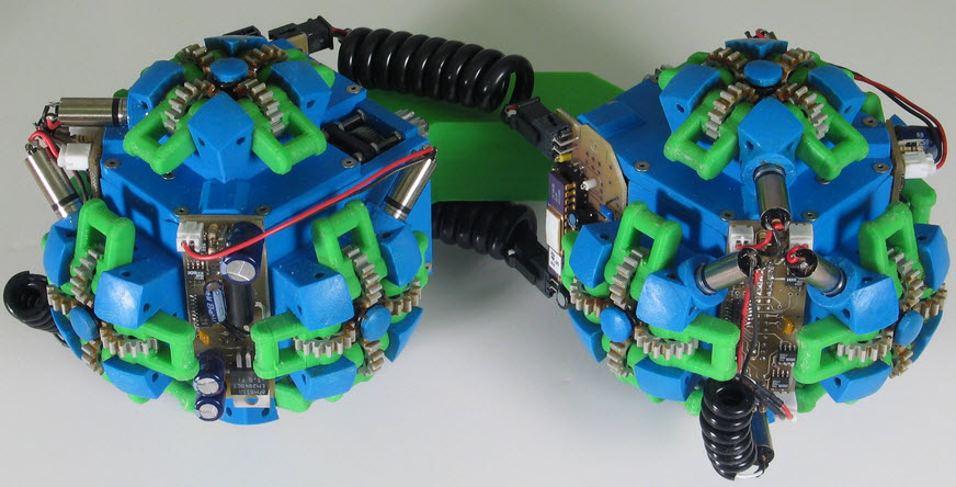 Lattice Based Designs of Male Reconfigurable Robot