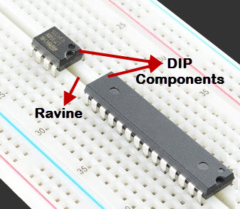 Connecting DIP Components on Breadboard