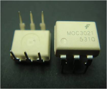 MOC3021 (Opto Coupler)